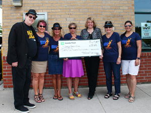 2017 Committee receives TD Cheque